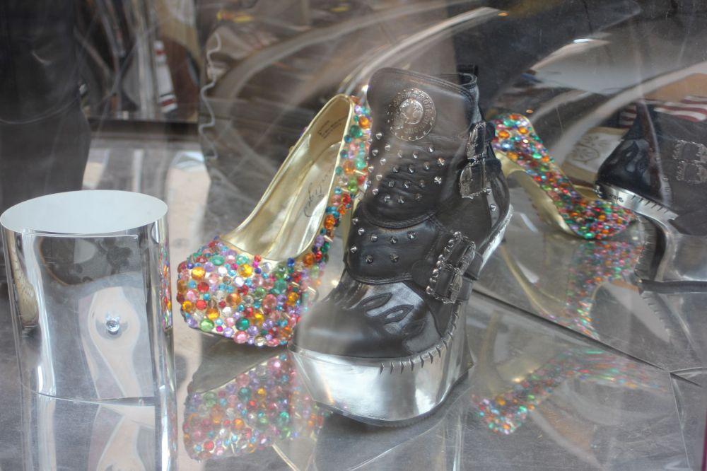 Ostatetniego dnia pojechaliśmy do Sztokholmu, w którym odkryłam najlepszy na świecie sklep z butami. Jak widać na zdjęciu.