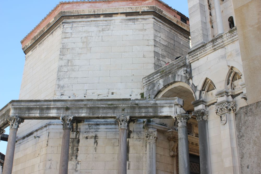 split_chorwacja_stare_miasto_kościół_rzymianie