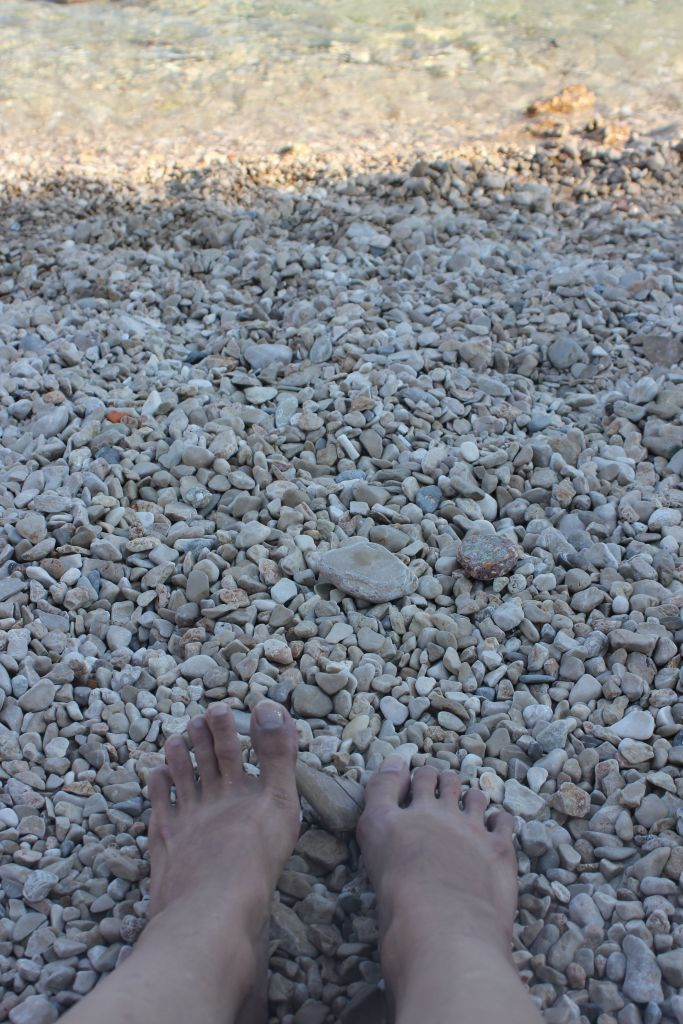 plaża_chorwacja_kamienie-woda_morze