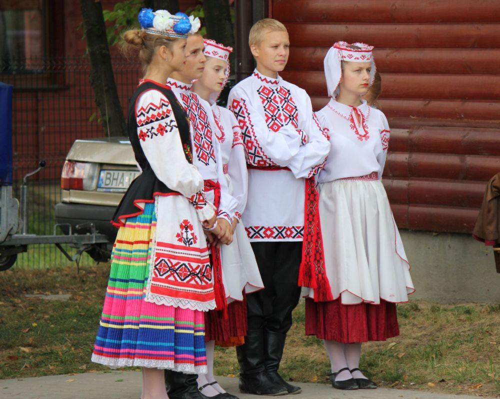 zespół_ludowy_podlasie_stroje_ludowe_narewka_dożynki