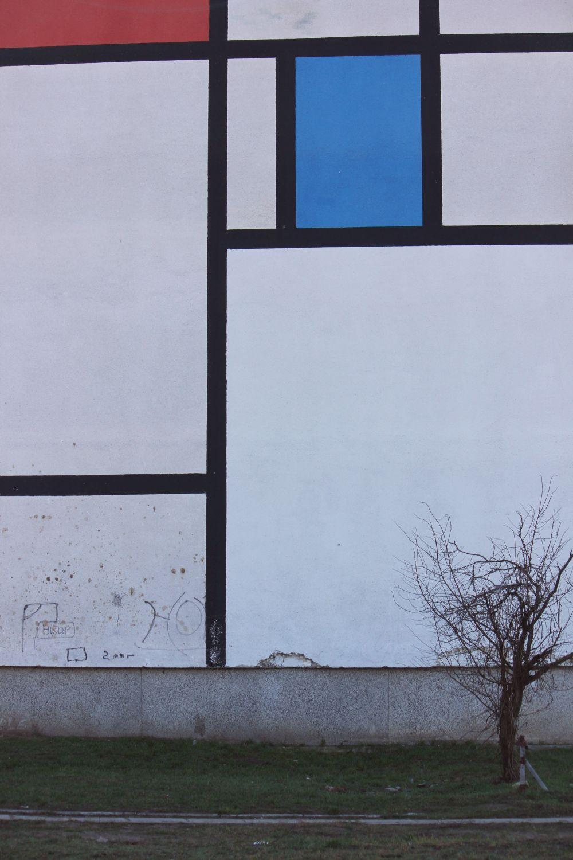 dudziarska_mondrian_art_sztuka_mural_warszawa_osiedle_olszynka_grochowska