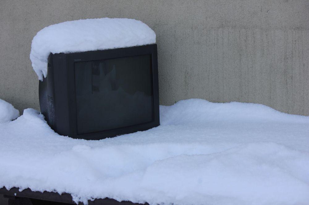 telewizor_śnieg_wólka_kossowska