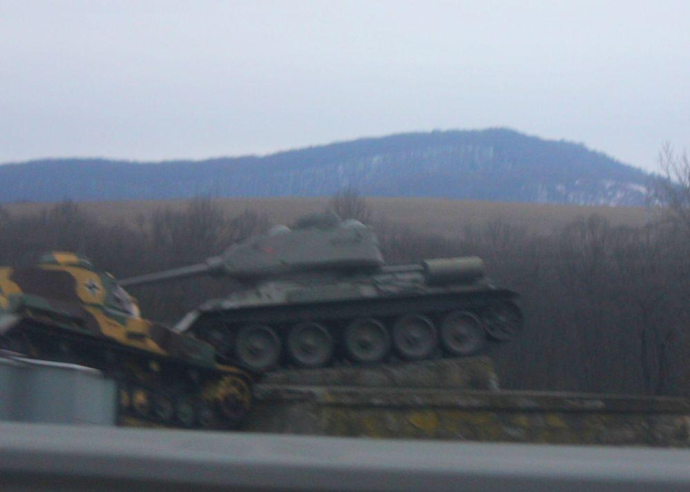 dolina_śmierci_słowacja_czołg_rosyjski_niemiecki_góry