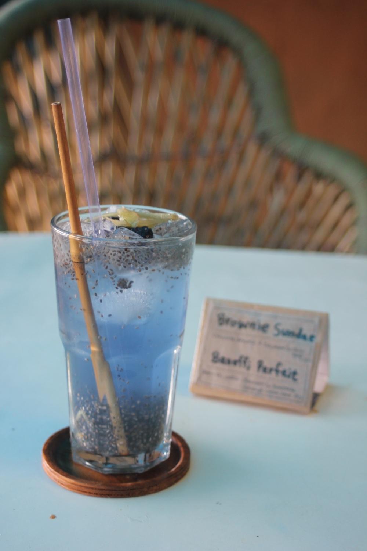 cafe_ri_korean_korea_napój_herbata_tea_blue_niebieska_chia_icetea_imbir