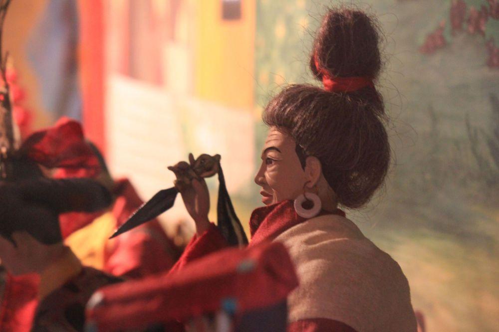 jogin_phurba_purba_koczek_strój_tybet_tradycja_lalki_muzeum