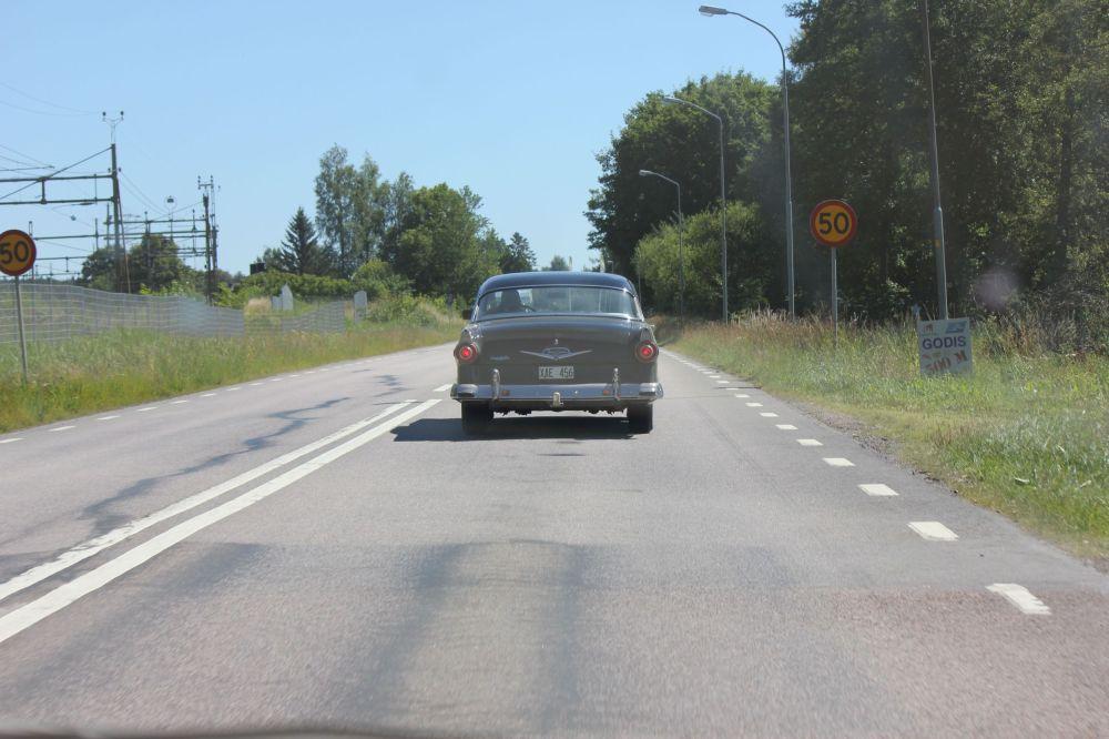 samochod_szpiegowski_lata'60_spy_Car_czarny_retro_szwecja
