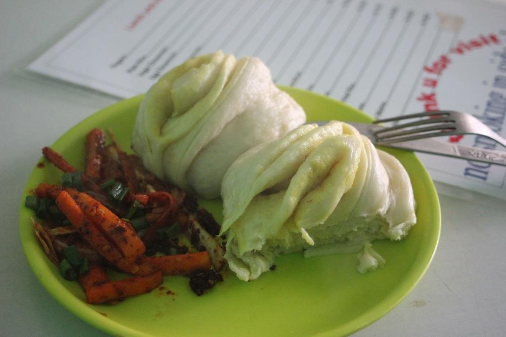 tingmo kuchnia tybetańska pampuchy