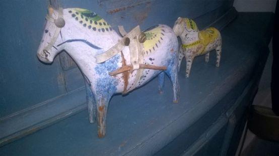 koń drewniany ludowa zabawka eko ręcznie robiona szwedzki design szwedzka ludowe wzory malowana