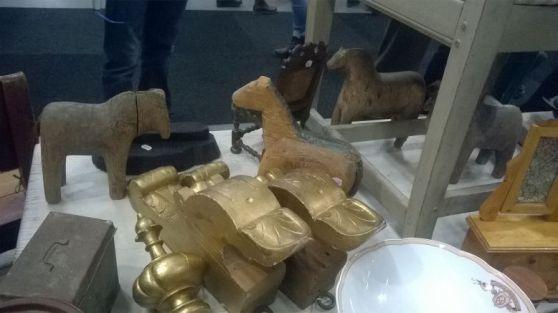 koń z drewna drewniany stary zabytkowy antyczny XVII wiek ludowy szwedzki zabawka