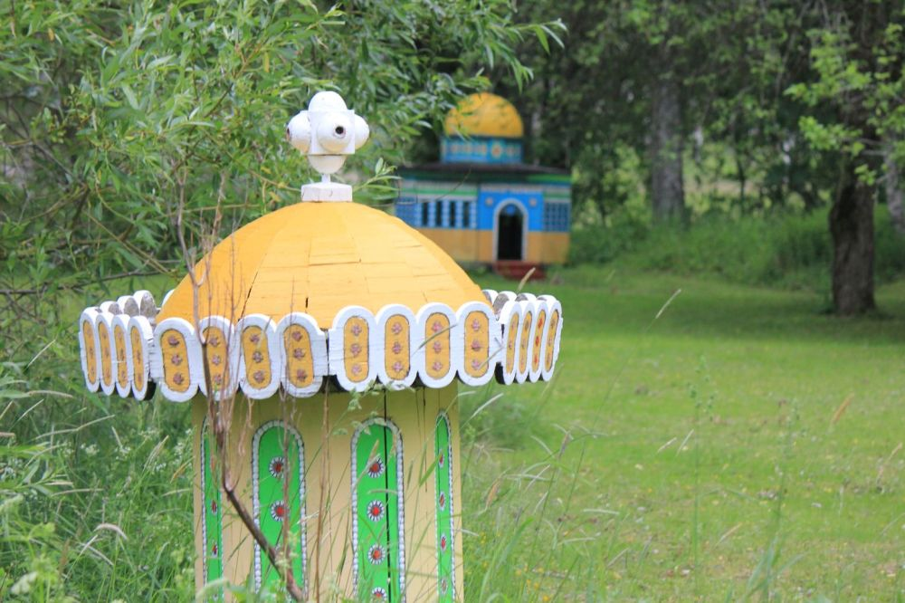 replika  domu mniejszy rozmiar drewniana szwecja