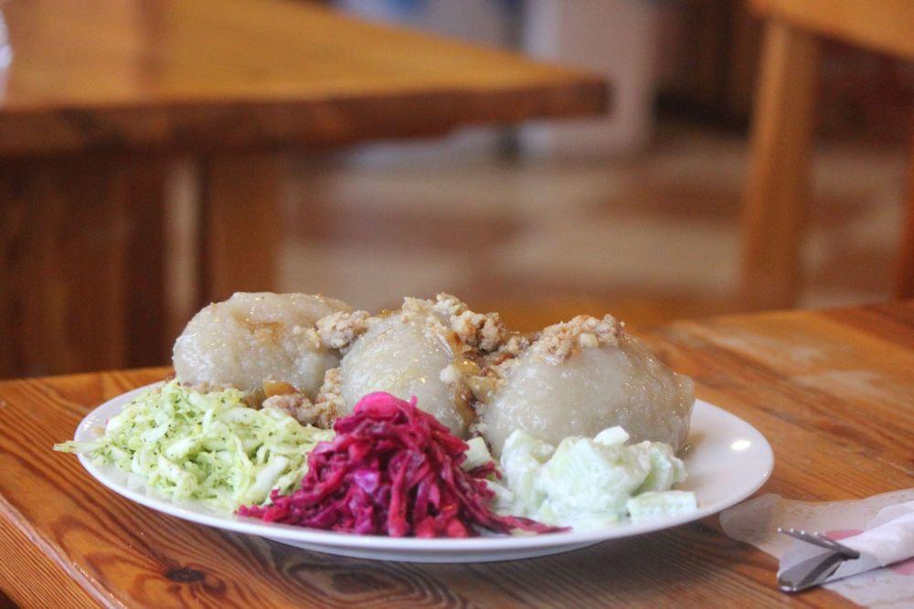 kartacze litewskie szare pyzy surówka potrawy regionalne suwalszczyzna