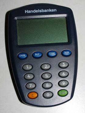 1200px-Handelsbanken_security_token_device
